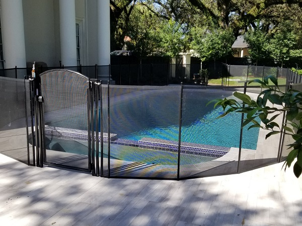 Hattiesburg, MS pool fence installation