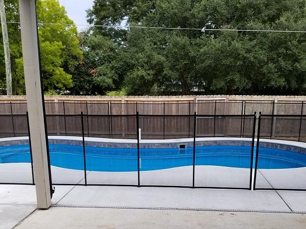 mesh pool fence Hattiesburg, MS