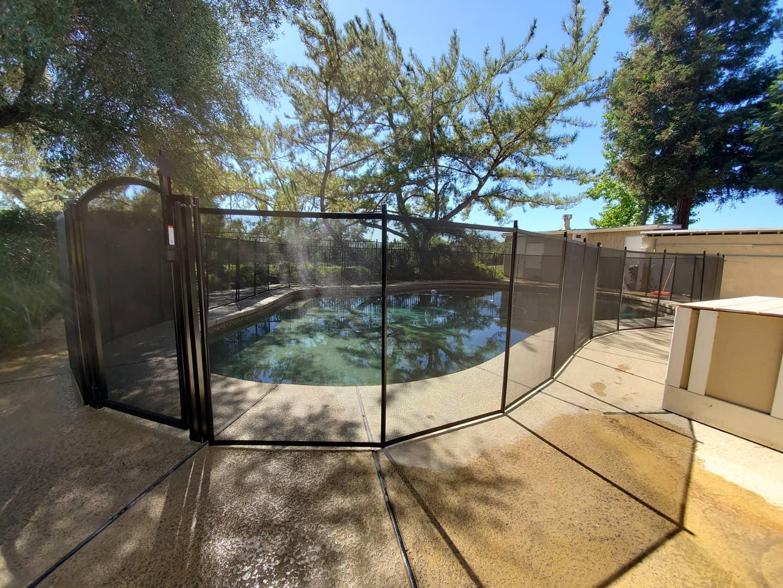 mesh pool fence Morgan City