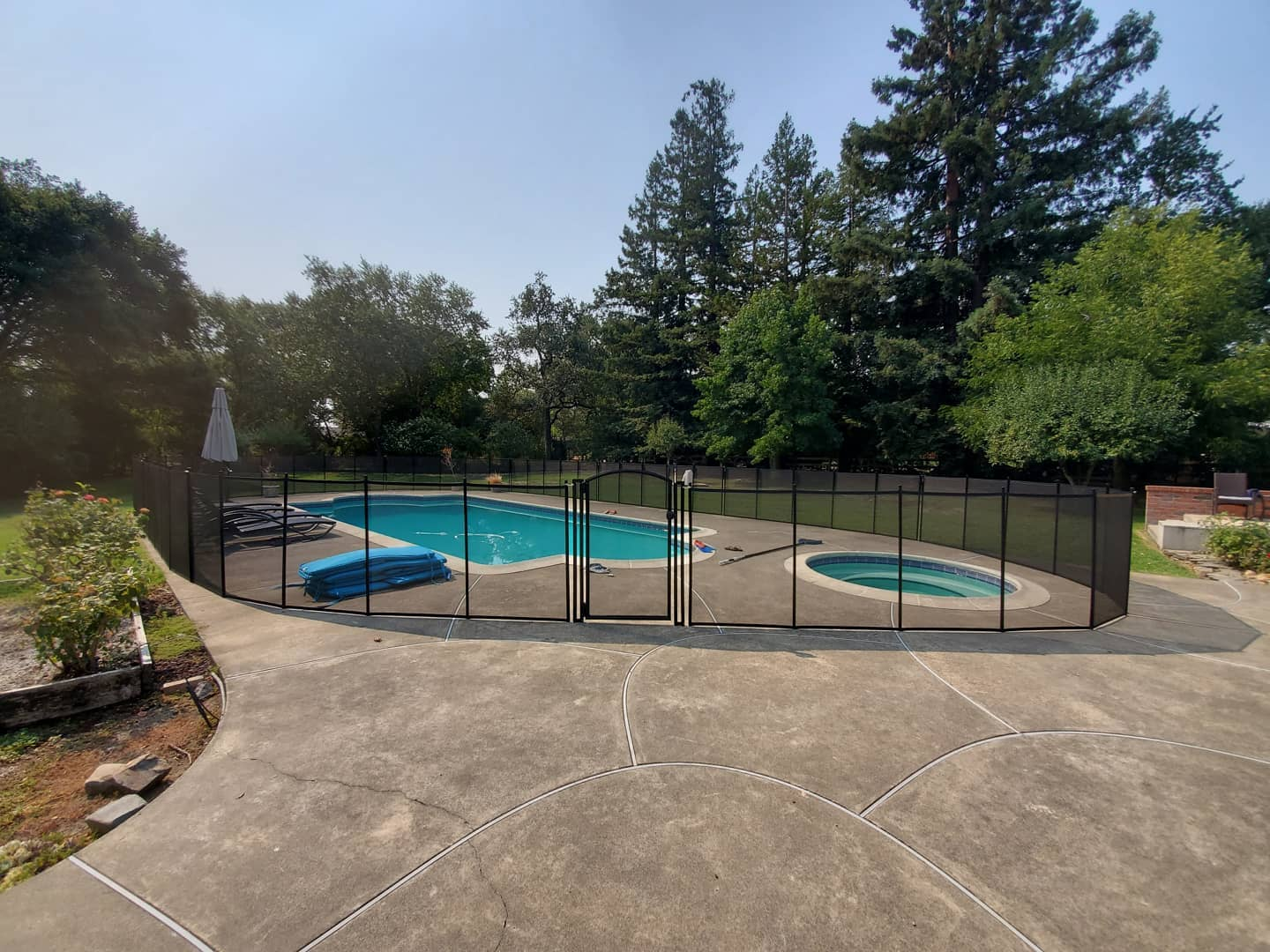 Life Saver mesh pool safety fence installed in Metairie, Louisiana